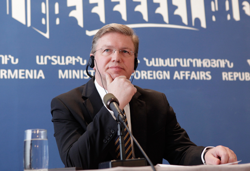 Stefan Fule in Armenia: ongoing reforms discussed